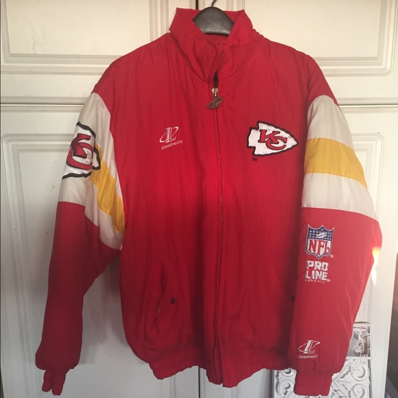 the latest 27af8 59b5d Kansas City Chiefs Throwback Puffer Coat